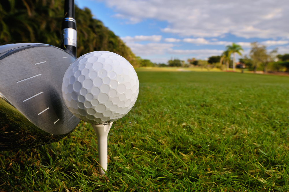 Aká je rýchlosť golfovej loptičky?